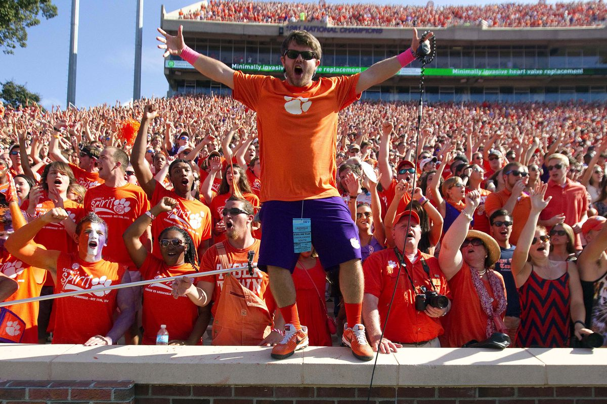 Davis Toney gets the crowd hyped in Death Valley