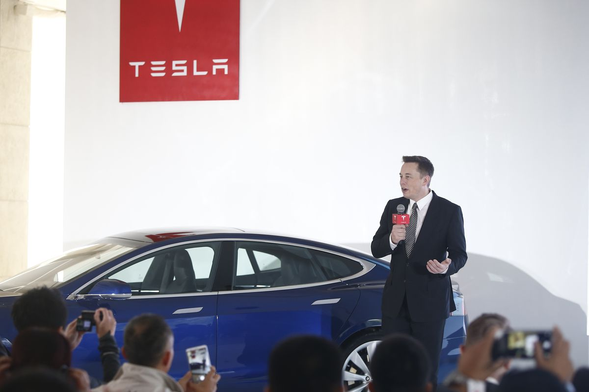 Elon Musk says Tesla crashes shouldn't be front page news