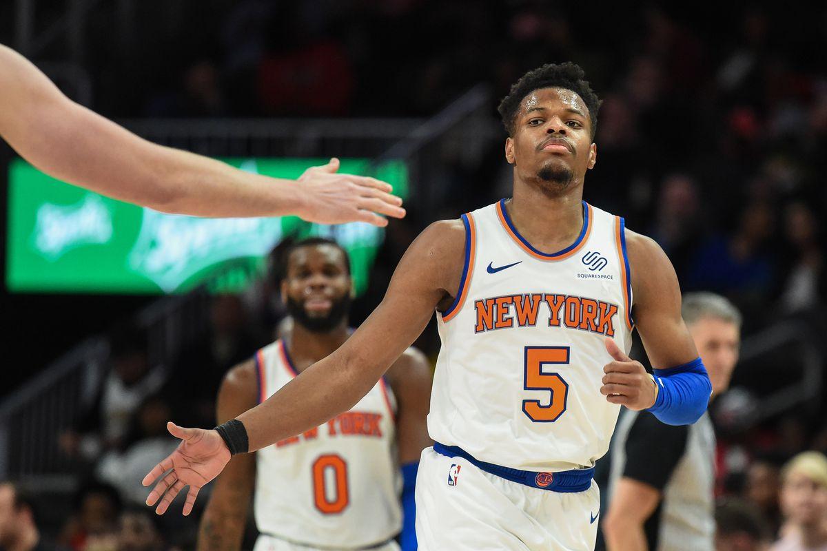 Knicks vs. Hawks  New York ends losing streak in the Knick of time ... e9edbc758