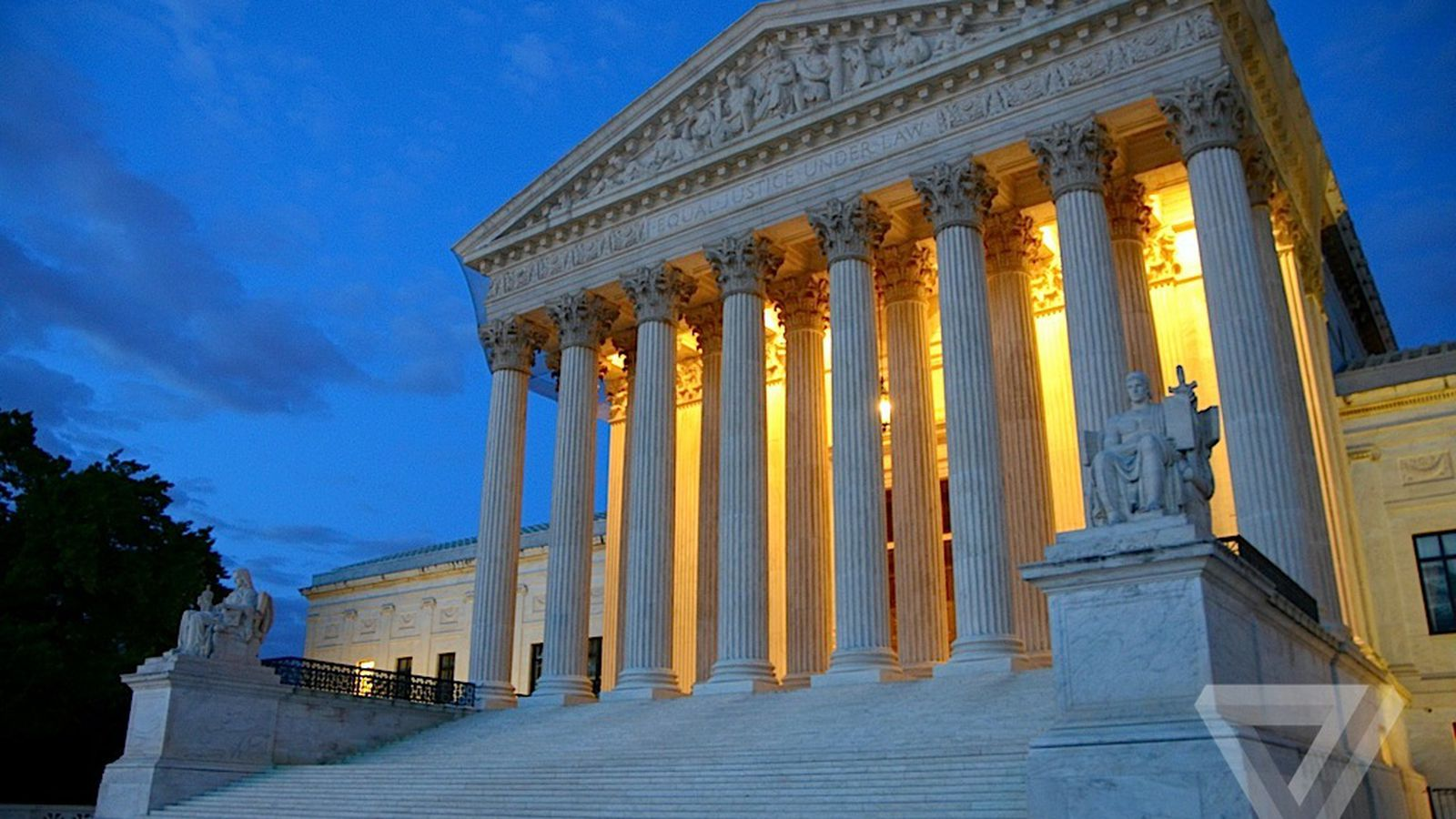 Apple Facebook and other companies ask Supreme Court to