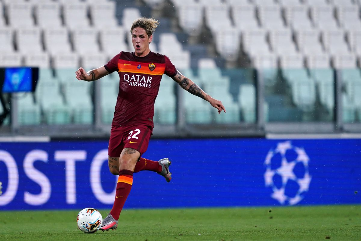 Nicolò Zaniolo of As Roma in action during the Serie A...