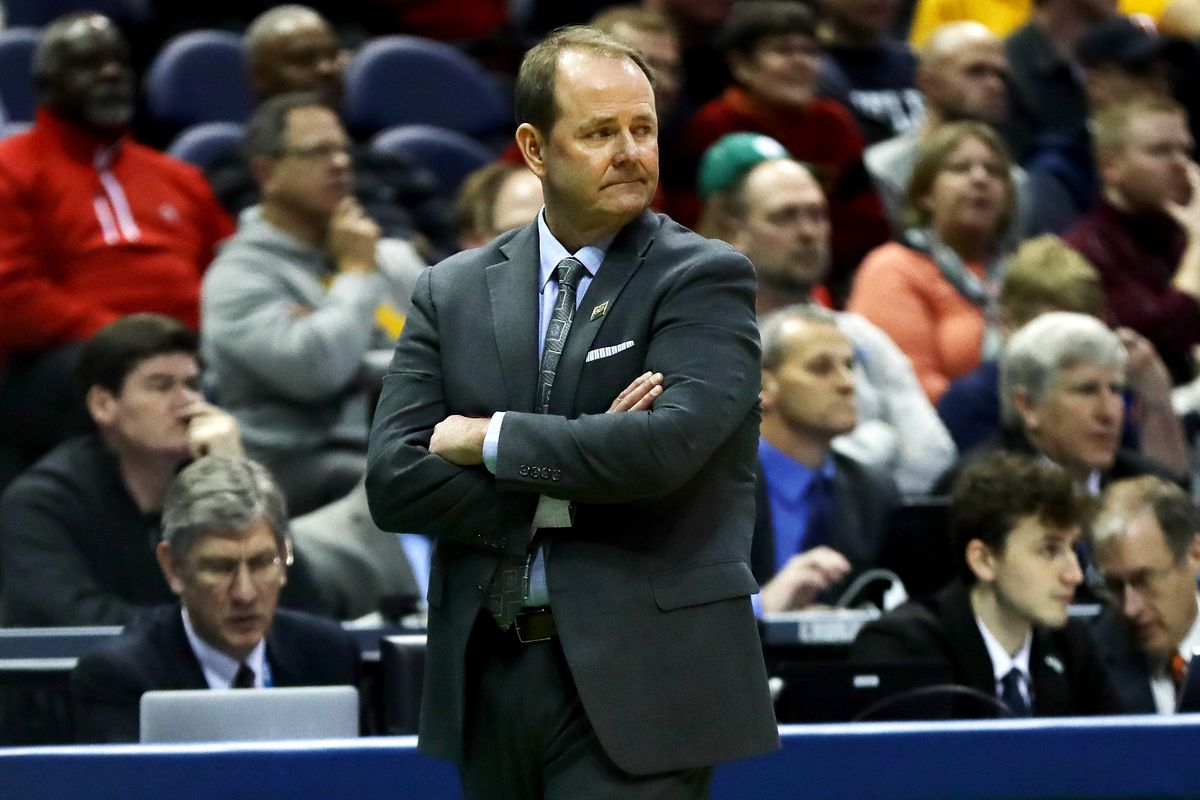 Ole Miss announces Kermit Davis as next basketball coach