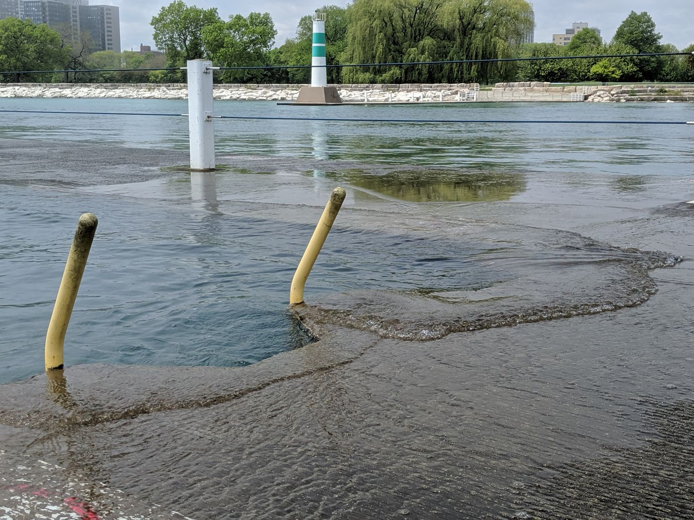 Rising Lake Michigan impacting access and use on the Chicago