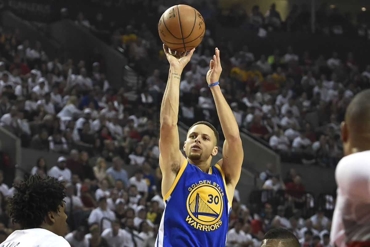 Warriors vs. Blazers 2016 results  Stephen Curry returns to lead ... 24d39c76ecd6