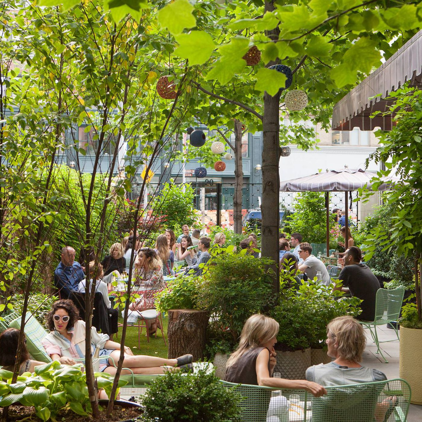 24 Top Outdoor Drinking Spots In Nyc