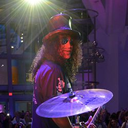 Slash performs. Photo: Denise Truscello/WireImage