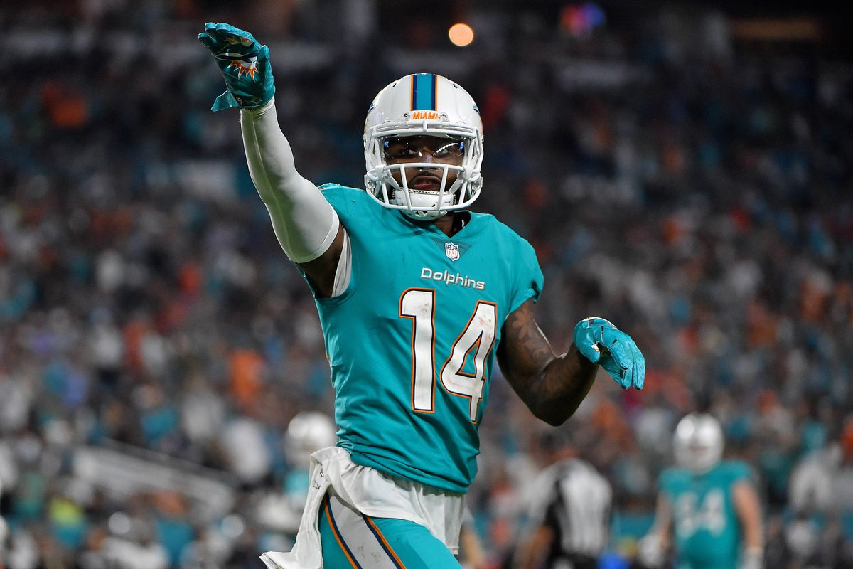 Dolphins place franchise tag on 3-time Pro Bowl WR Landry