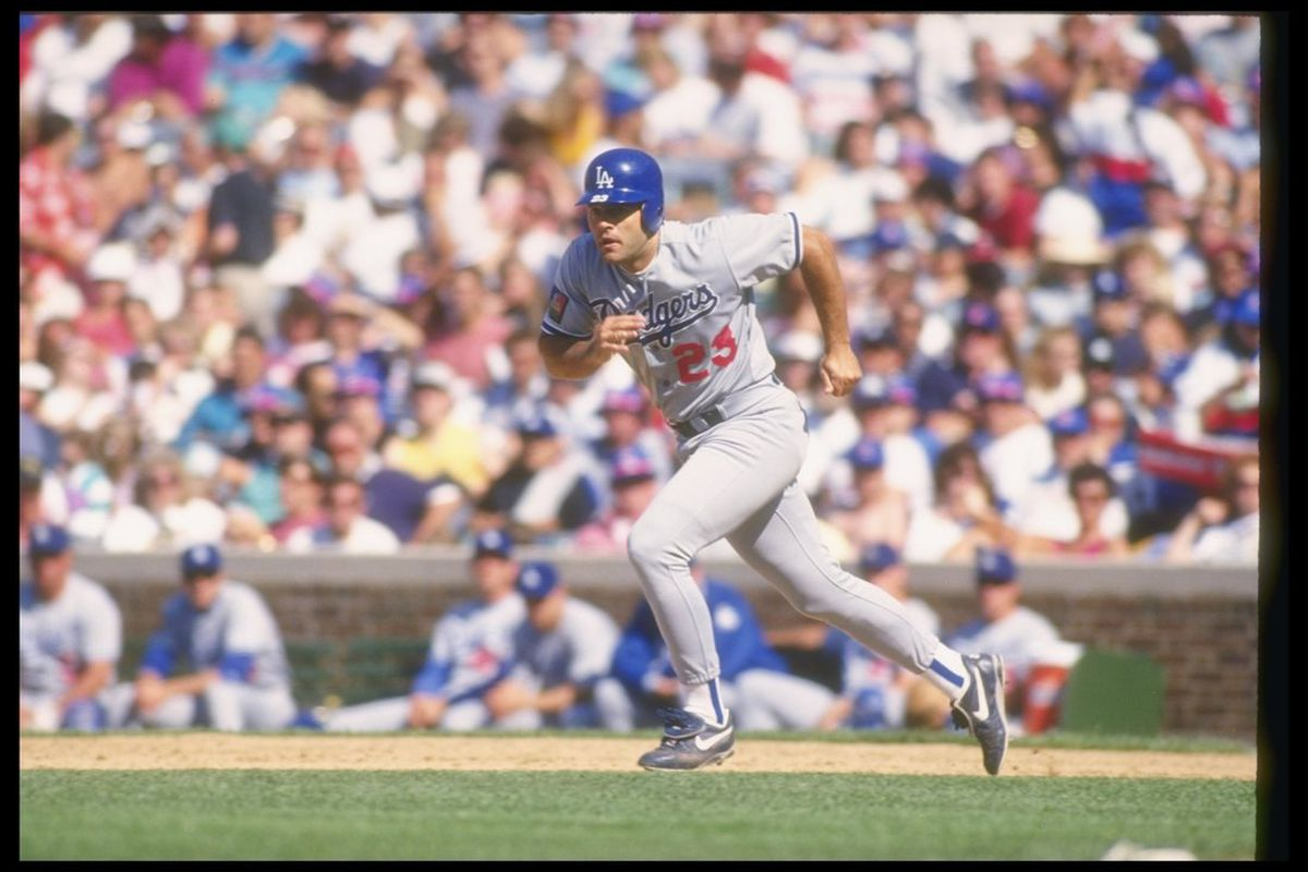 First baseman Eric Karros of the Los Angeles Dodgers runs down the base path during the Dodgers' 3-2 win over the Chicago Cubs at Wrigley Field in Chicago, Illinois. (Jonathan Daniel/Getty Images)