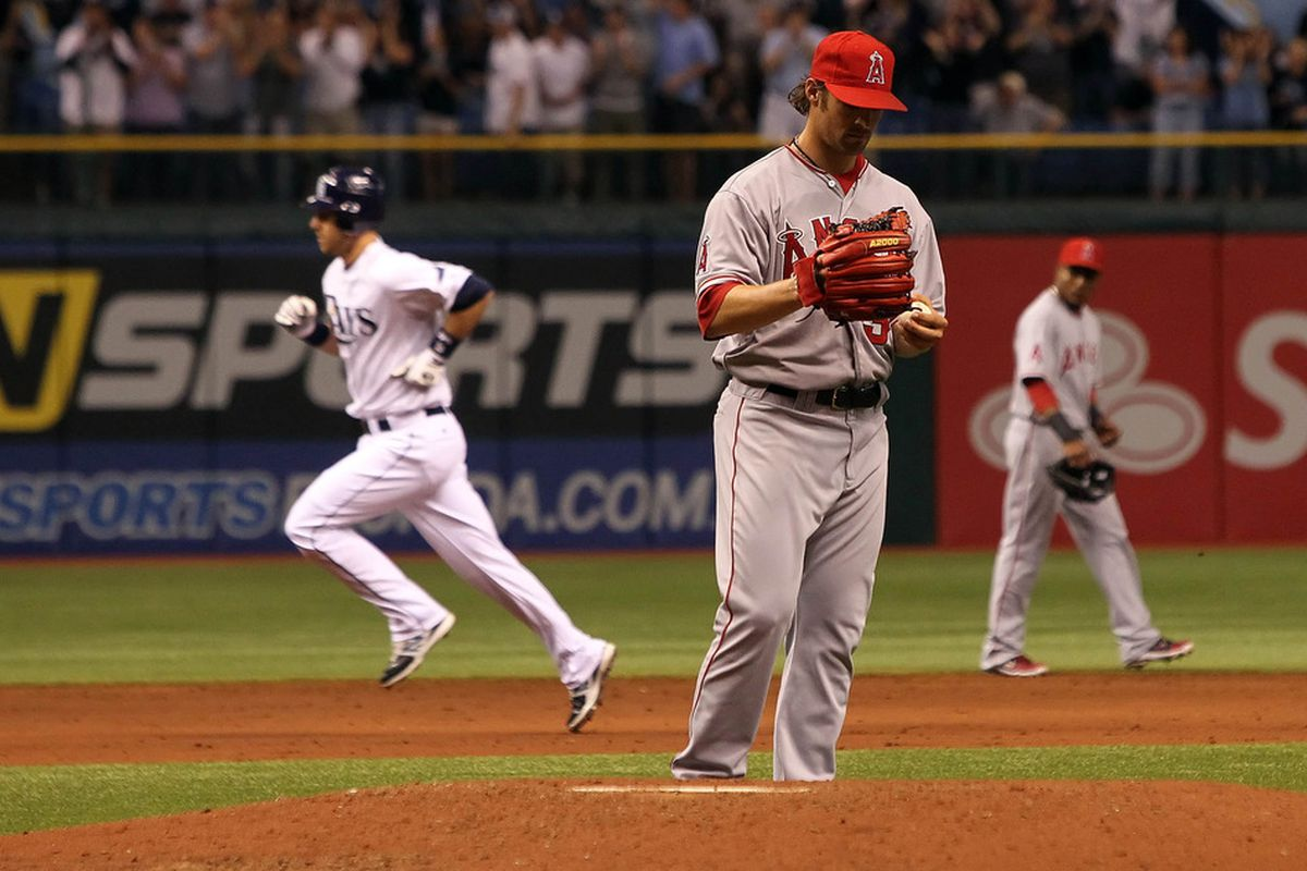 Ben Zobrist shows the Angels what a home run trot looks like.