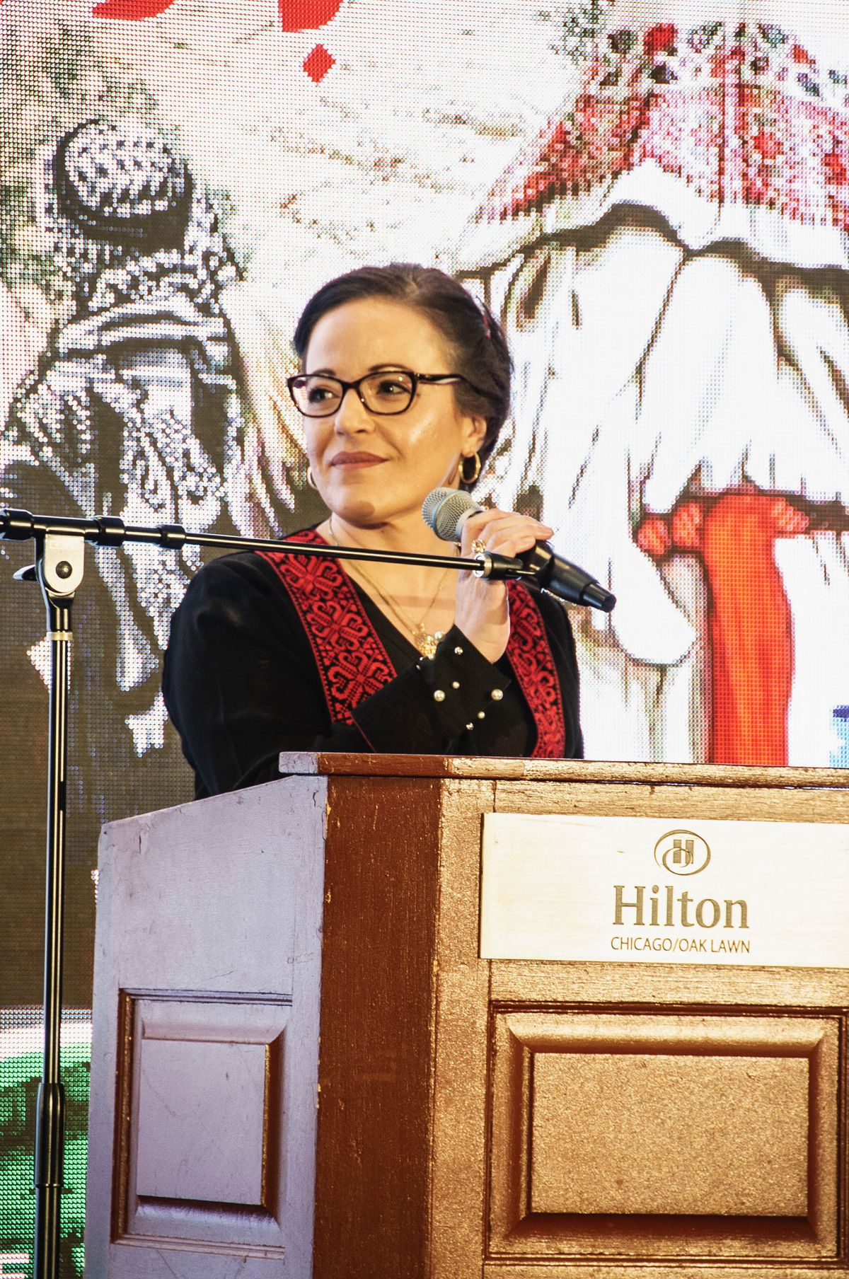 Ahlam Jbara speaks at a Nakba Day event hosted by the Palestinian American Center in Oak Lawn in 2019.