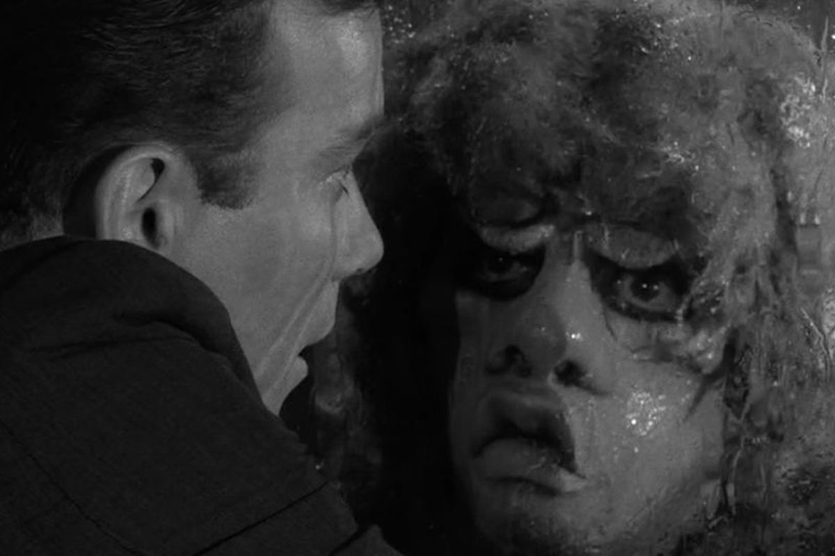 5 episodes that prove The Twilight Zone is one of the scariest shows