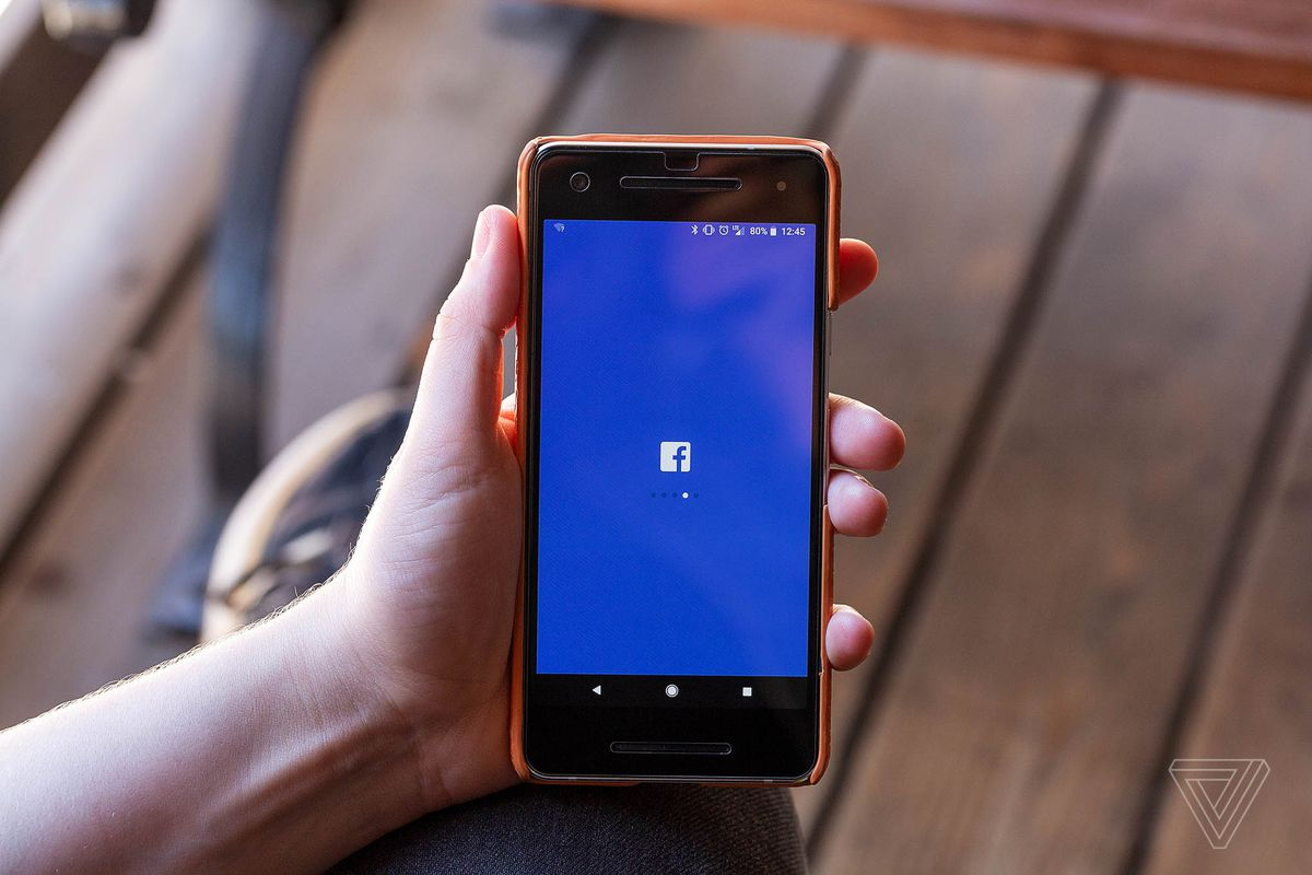 Facebook bug randomly unblocked some users from people's block lists