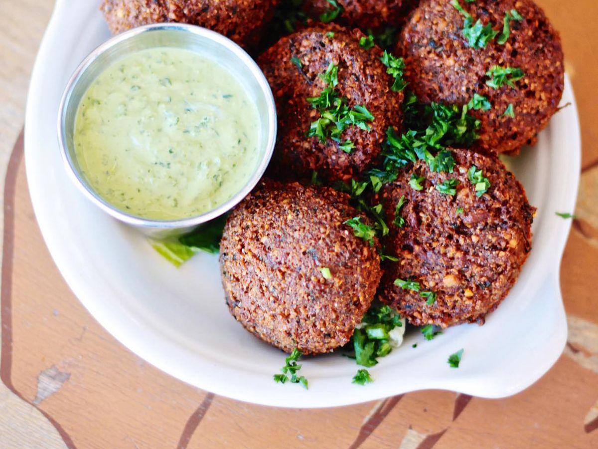 Almarah's falafels