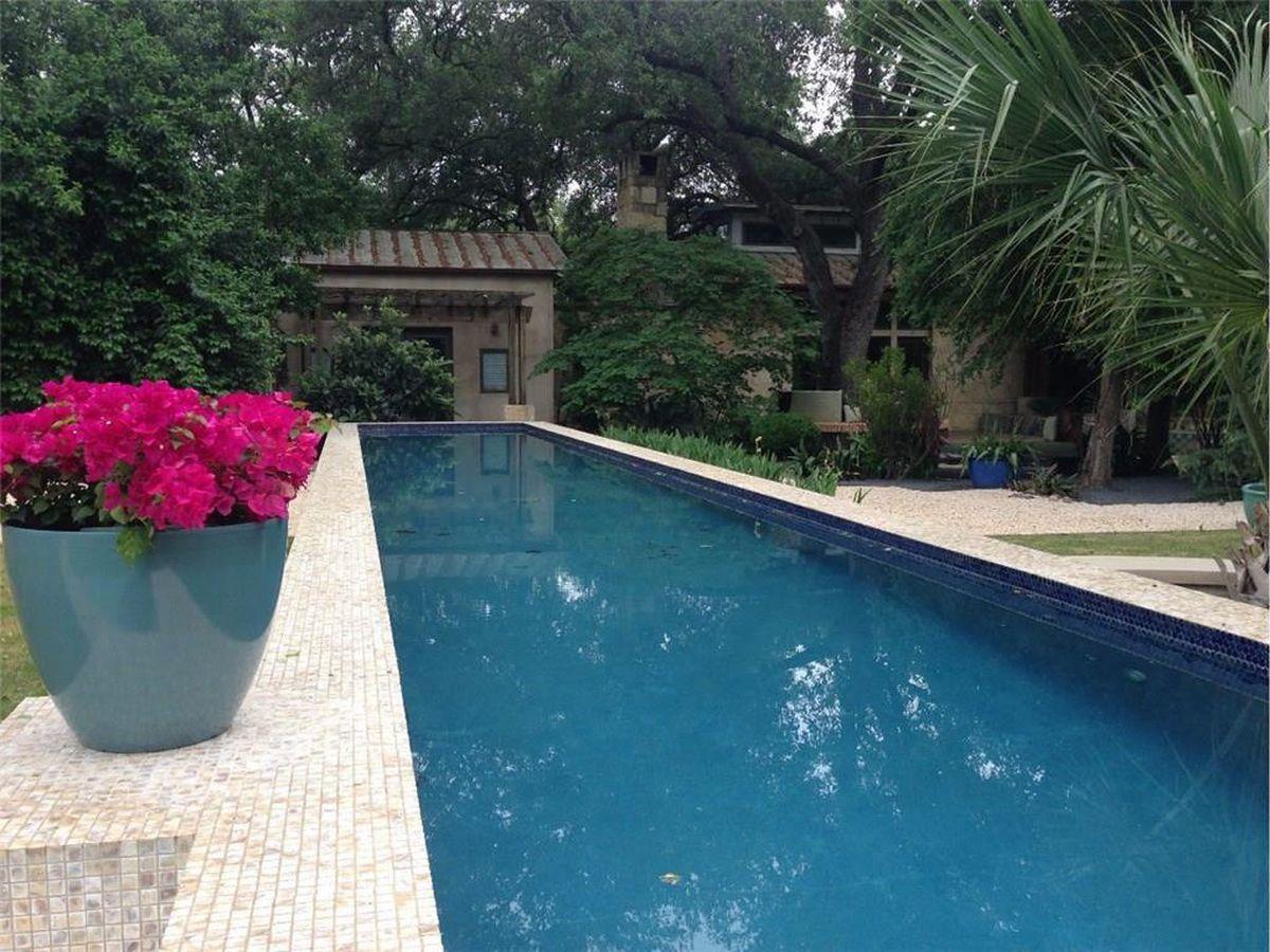 Tarrytown oasis on 1.2 acres asks $5.8M - Curbed Austin