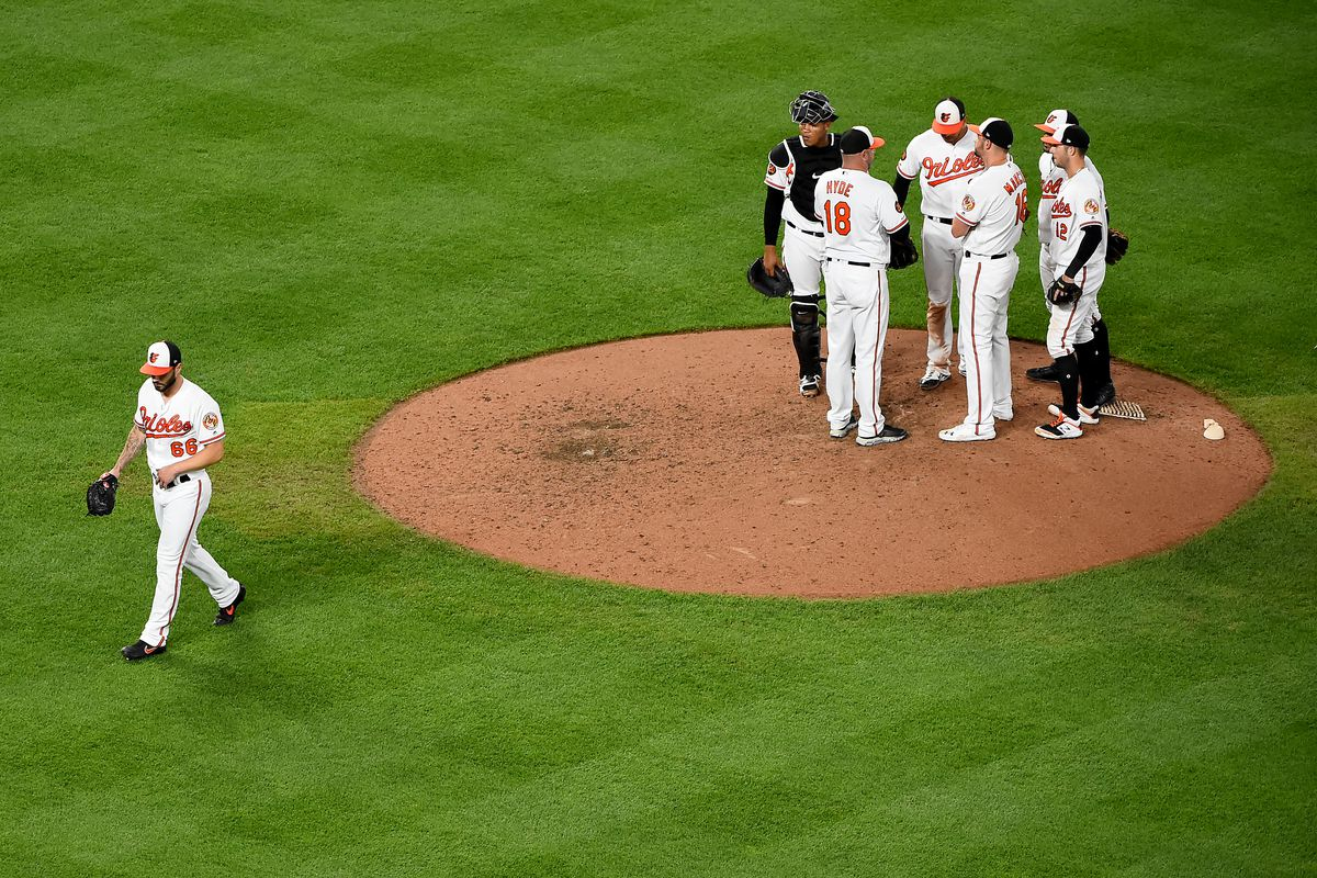 Orioles outrun by the Mariners in 7-6 extra innings loss