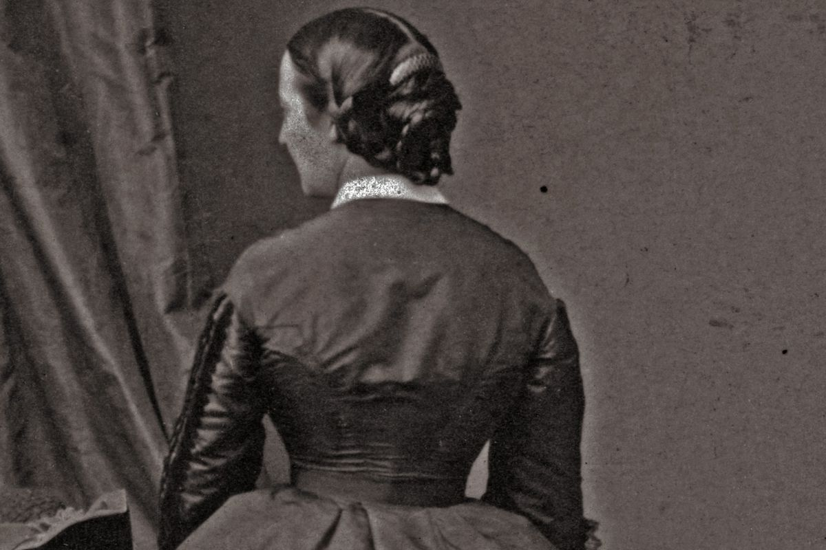 A mysterious woman, photographed in 1860. There are no confirmed photos of Kate Warne.