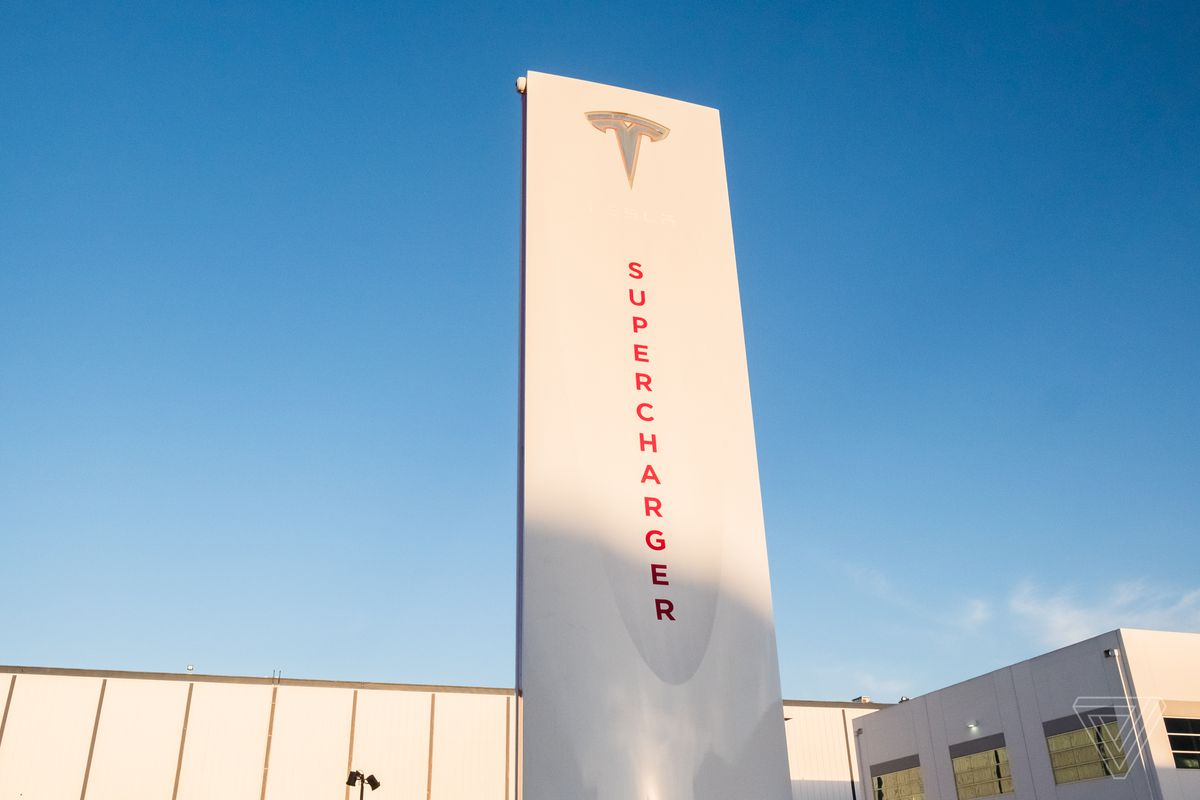 Tesla\'s first big V3 Supercharger expansion is already ...