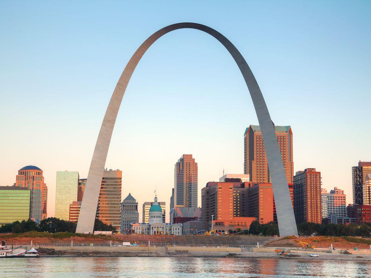 St Louis, as seen through the St Louis Arch