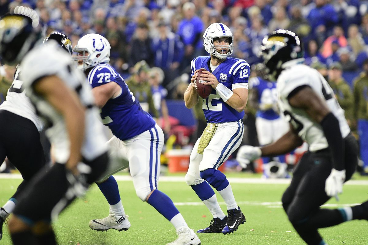 b6ac43161fa Colts News: Offensive line surrenders no sacks in fourth straight game, on  historic pace