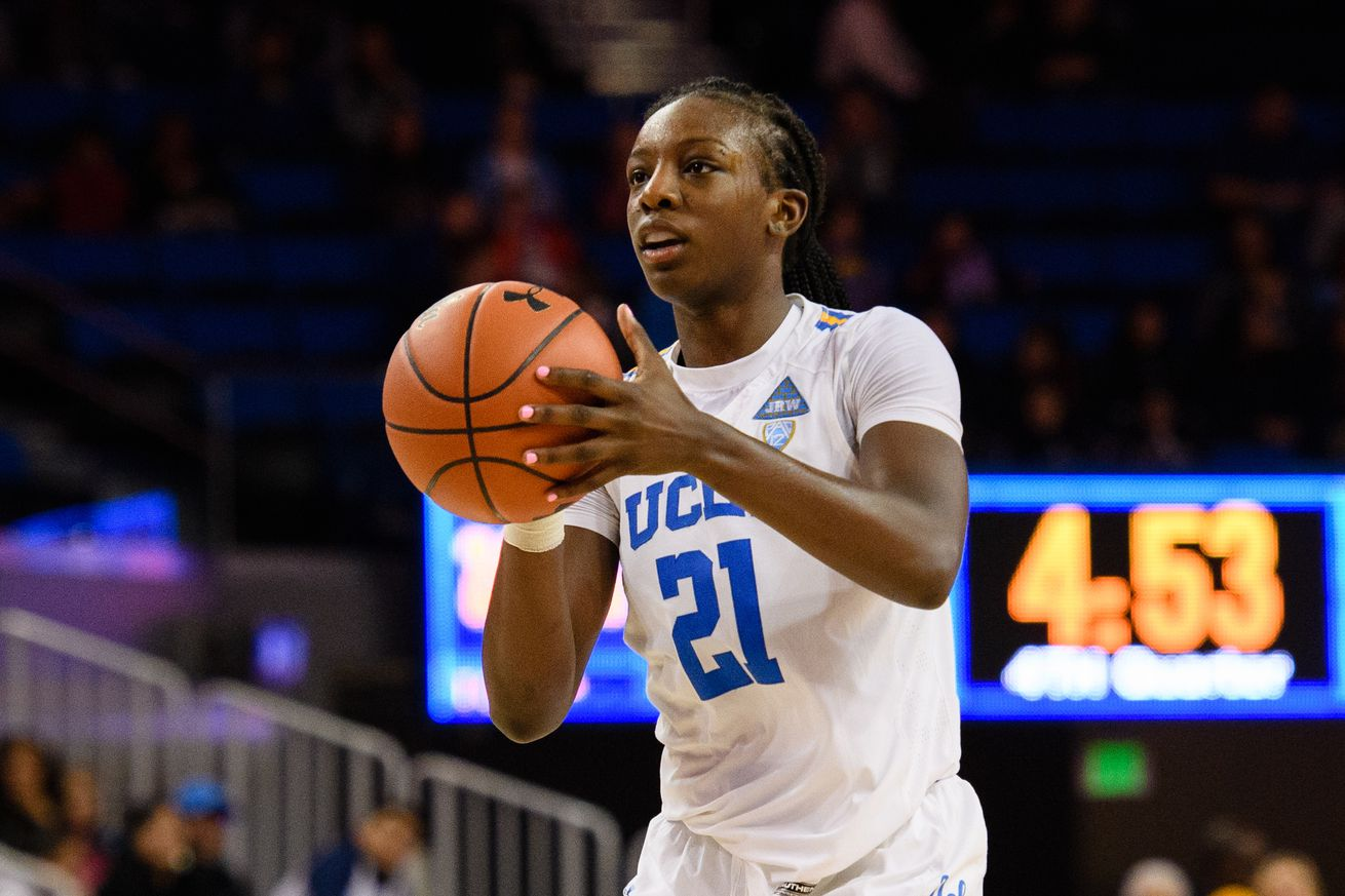 COLLEGE BASKETBALL: JAN 13 Women's Oregon at UCLA