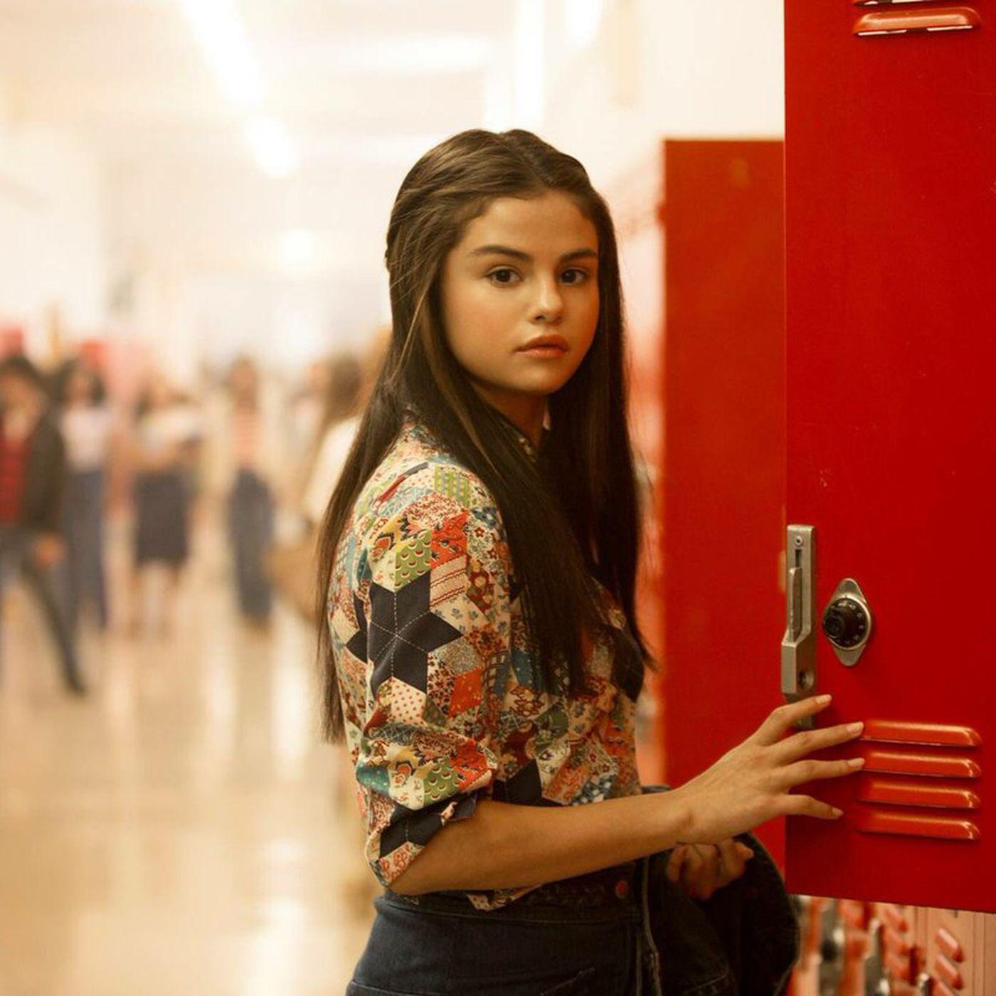 Bad Liars Costume Designer On Dressing Selena Gomez In 70s Vintage