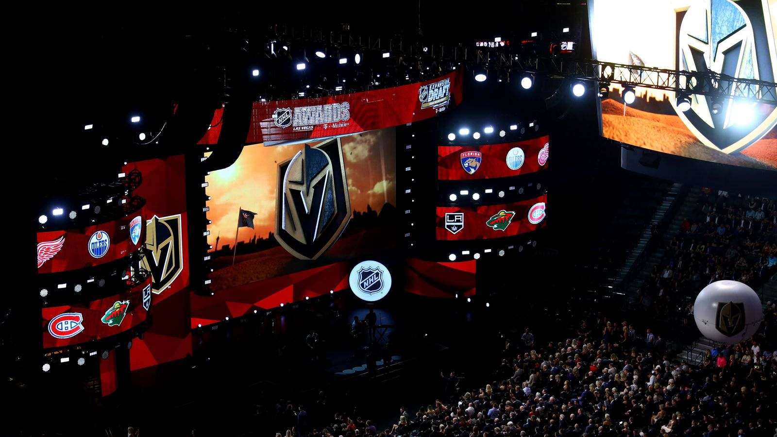 The Vegas Golden Knights Shouldn T Aim To Win In Their 1st
