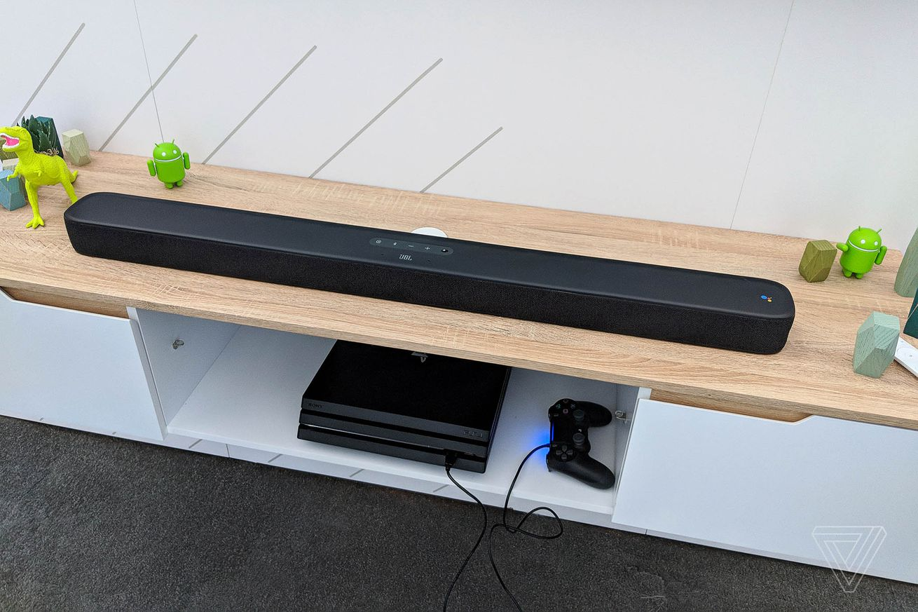 dbohn_180508_2554_0001.0 JBL's Android TV soundbar with Google Assistant gets spring release date