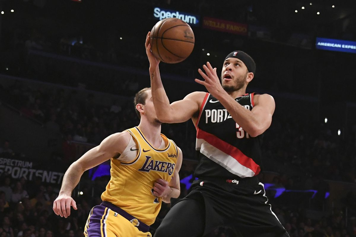 NBA Free Agency: Lakers considering signing multiple role players with their cap space, but reportedly also s…