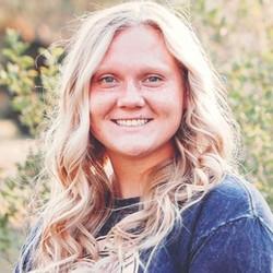 Katie Larsen, Manti