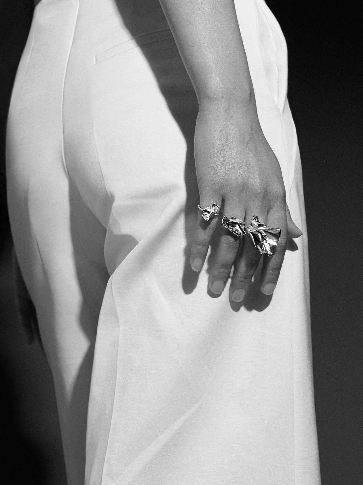 Closer rings