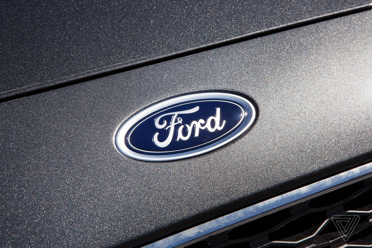 ScreenDrive: 2017 Ford Fusion Energi is the first car with Alexa