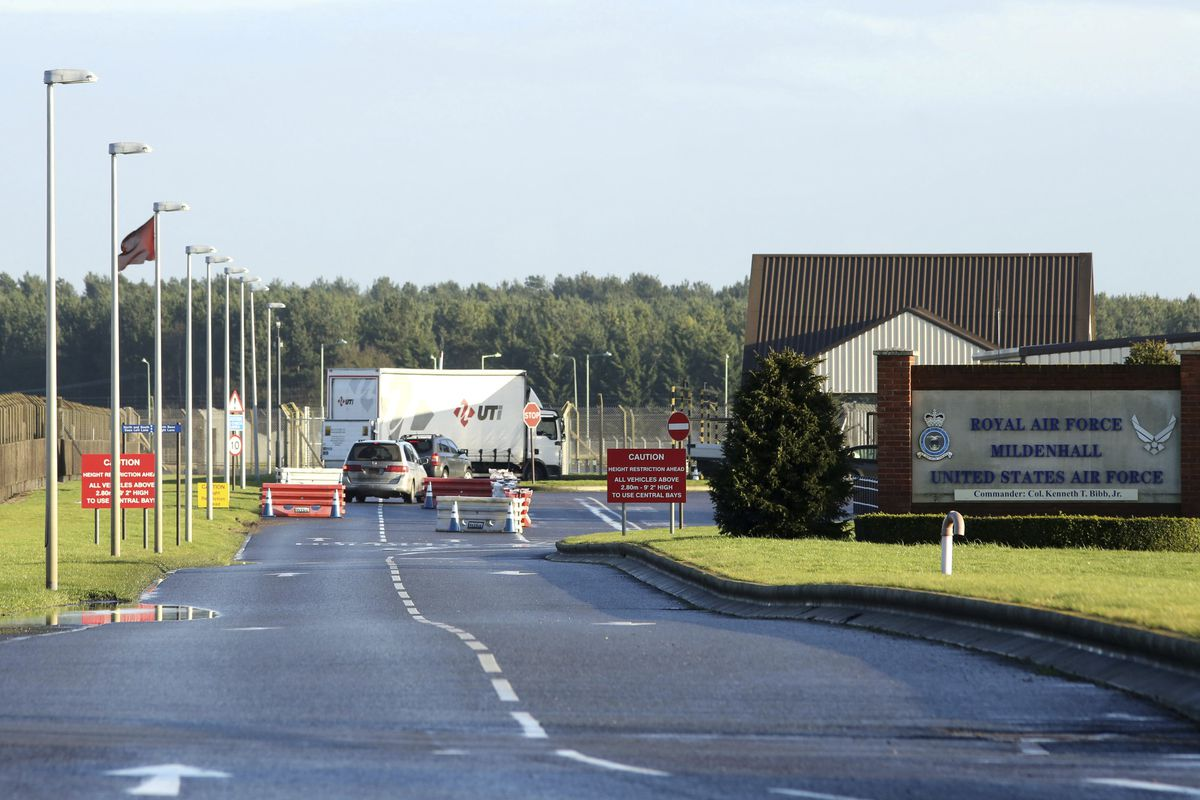 """FILE - This is a Jan. 8, 2015 file photo of U.S.Air Force Base, RAF Mildenhall in Suffolk Eastern England. British police said Monday dec. 18, 2017 that they are responding to a """"significant"""" incident at a Royal Air Force base used by the U.S. Air Force."""