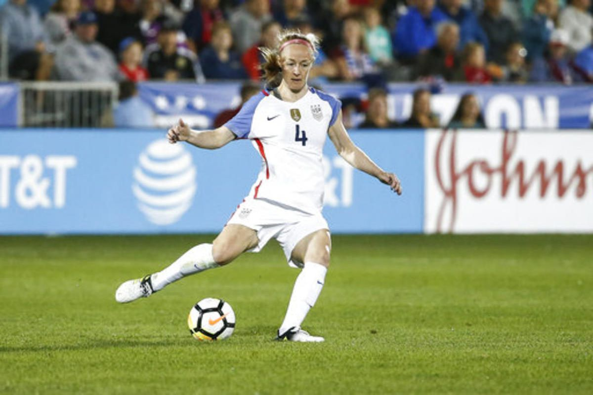 United States defender Becky Sauerbrunn (4) plays against New Zealand during the first half of an international friendly soccer match in Commerce City, Colo., Friday, Sept. 15, 2017. (