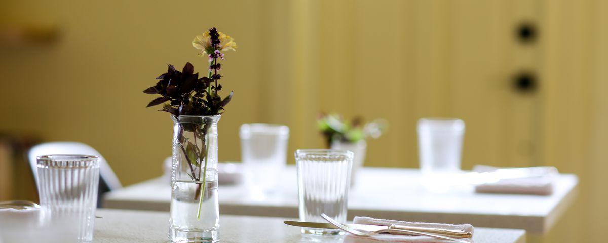 A table setting at Thalia