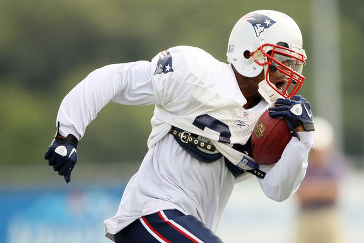 FOXBORO MA - AUGUST 02:  Sammy Morris #34 of the New England Patriots carries the ball during training camp on August 2 2010 at Gillette Stadium in Foxboro Massachusetts.  (Photo by Elsa/Getty Images)