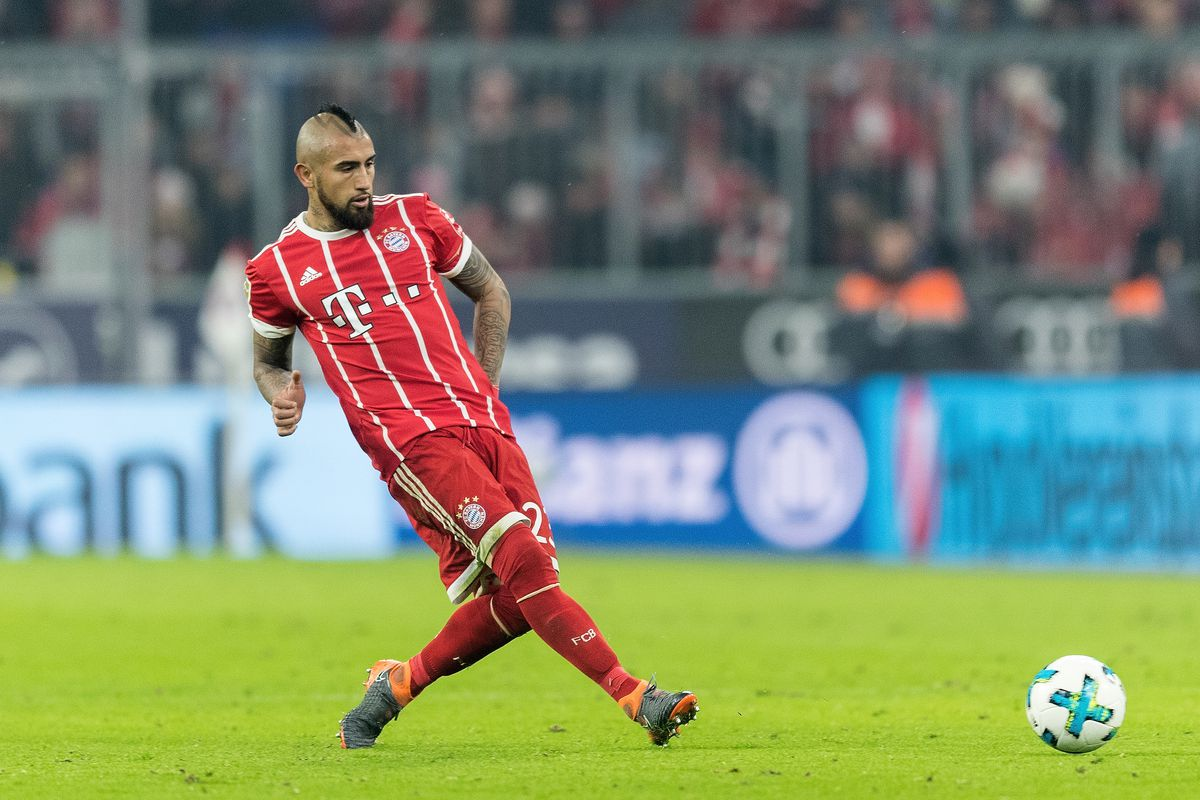 Manchester United dealt blow as Arturo Vidal commits future to Bayern Munich