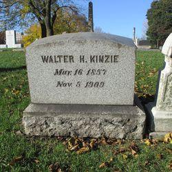 Walter Kinzie's gravesite