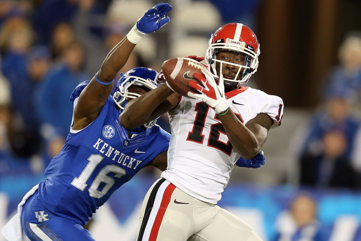 Tavarres King led the prolific Georgia receiving corps on Aaron Murray's record-setting night in Lexington.