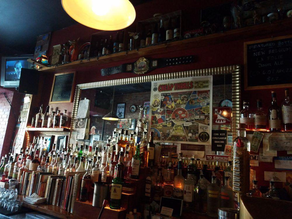 Fourth Avenue Pub
