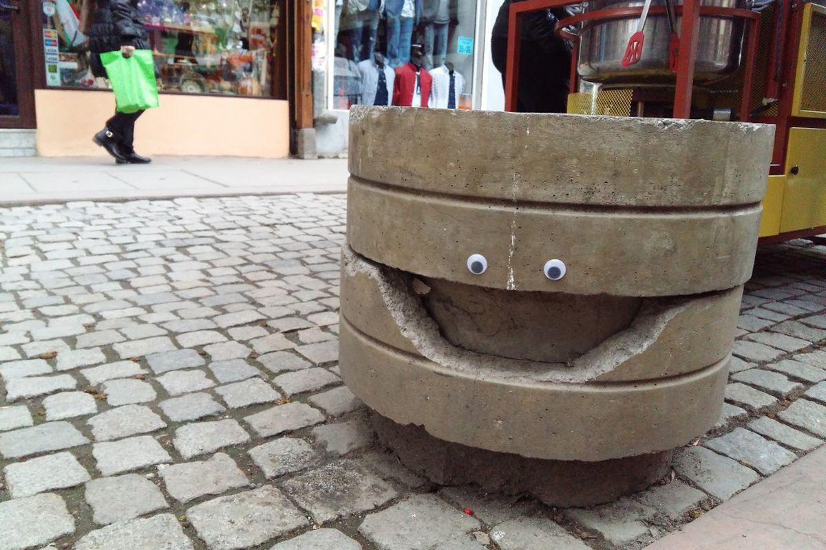 googly eyes transform streetscapes
