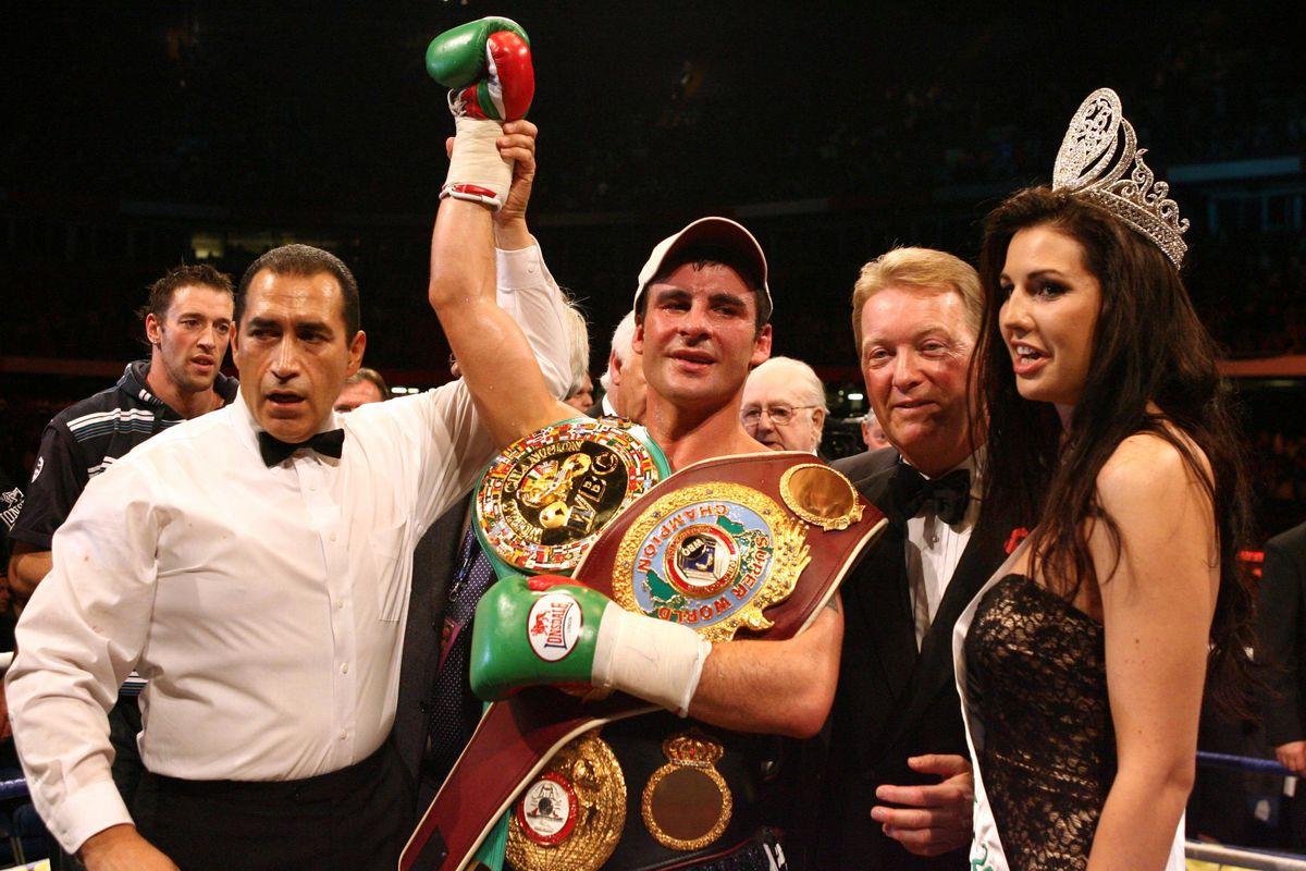 Boxing - WBO/WBA/WBC Super-Middleweight Title - Joe Calzaghe v Mikkel Kessler - Millennium Stadium
