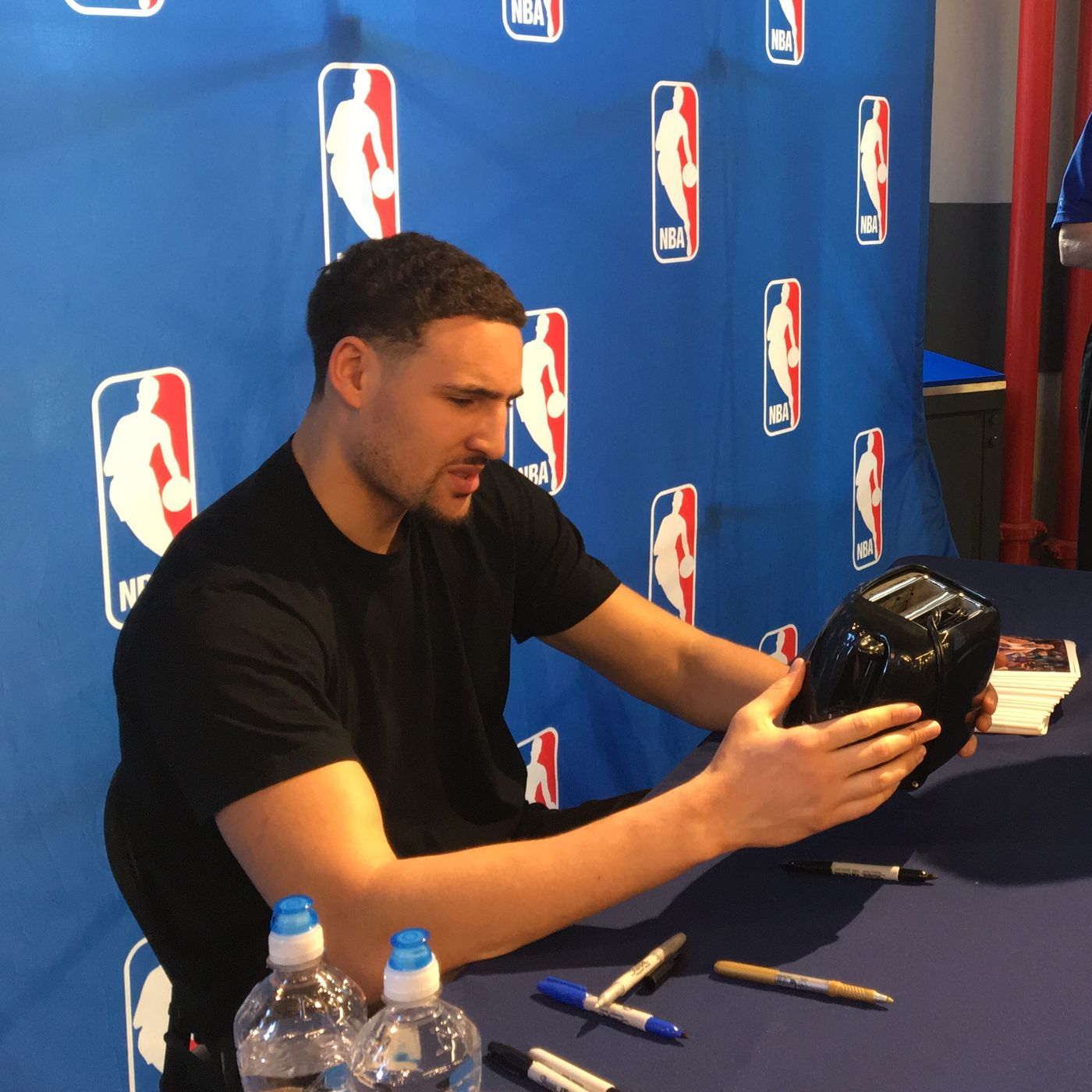 finest selection 18eb8 5f115 Klay Thompson was so confused when someone asked him to sign ...