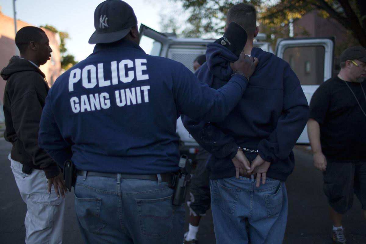 Baltimore police arrest a drug buyer.