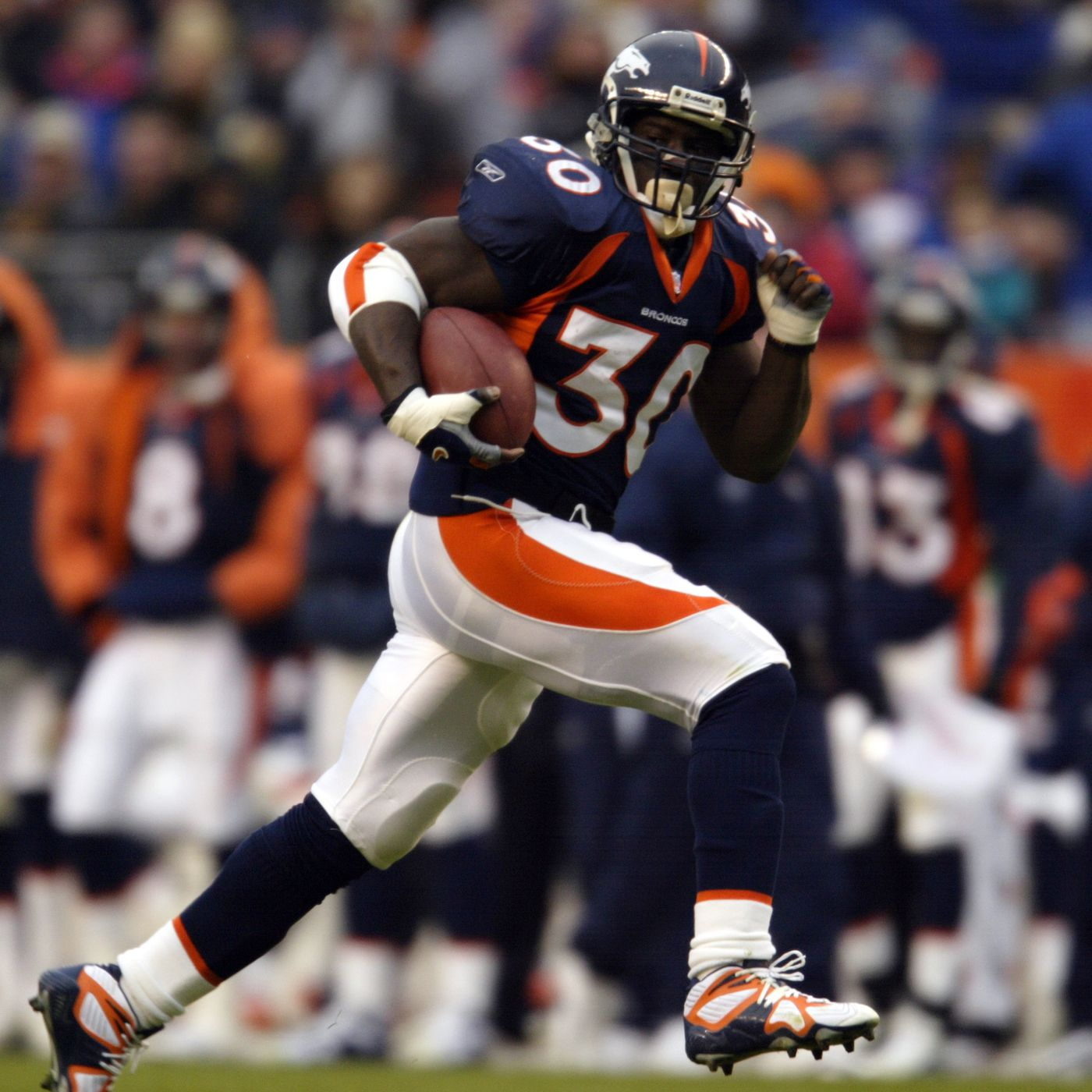 e2647b2b5 Terrell Davis is the greatest playoff running back of all-time ...