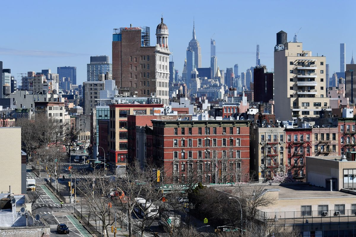 Coronavirus In Ny Cuomo Issues Stay At Home Order For New Yorkers Curbed Ny