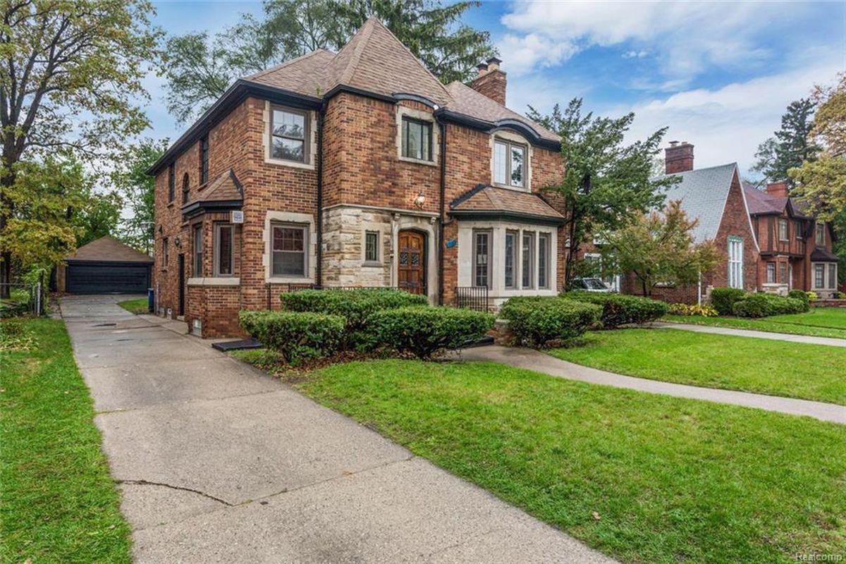 Updated Sherwood Forest Home Asks 299k Curbed Detroit