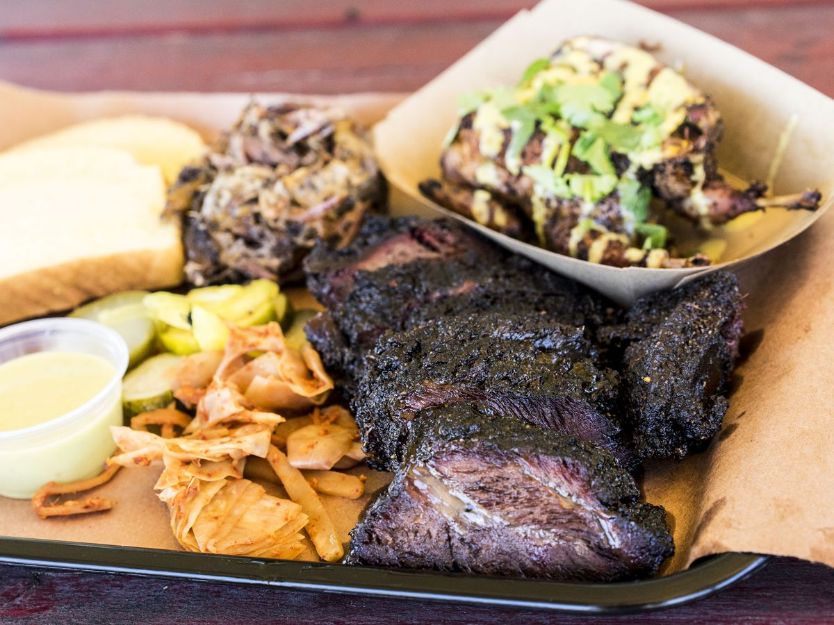 LeRoy & Lewis's barbecue tray