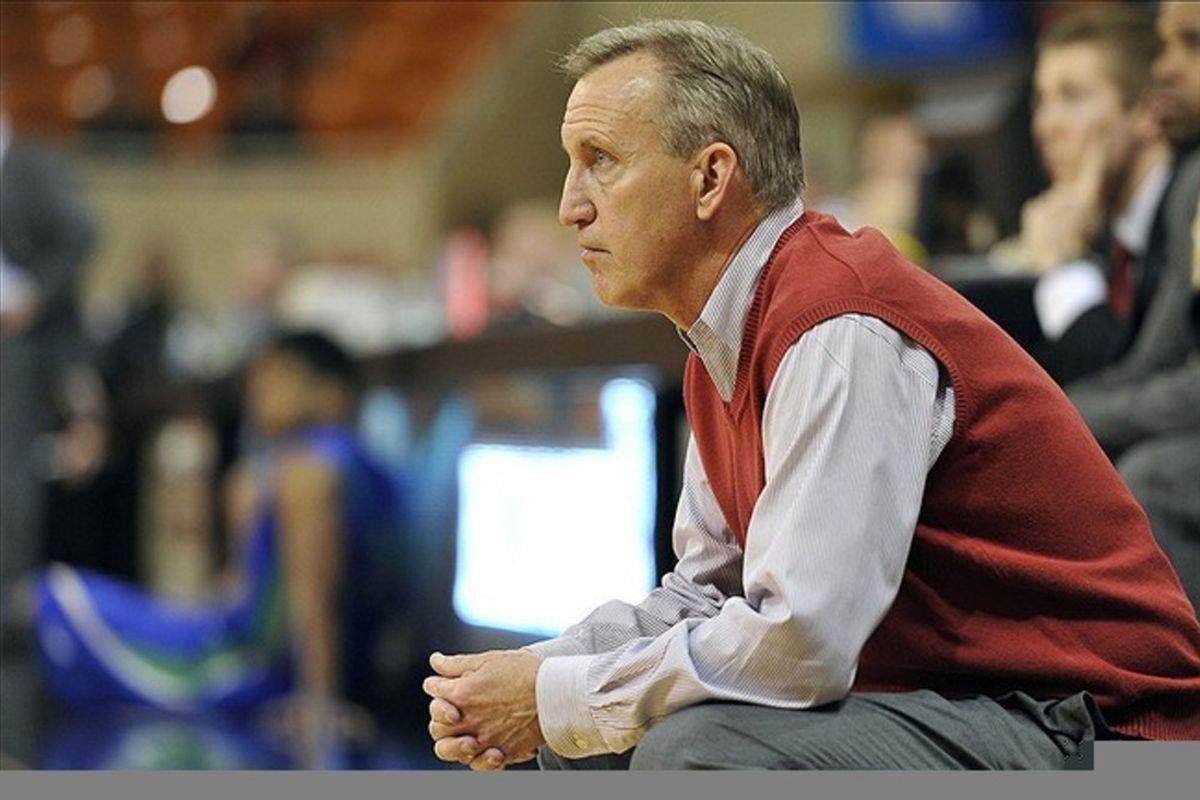 <em>Belmont coach Rick Byrd, master of the sweater vest.</em>
