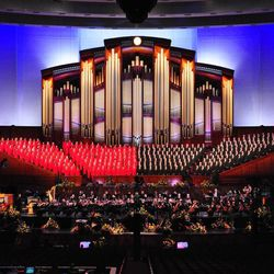 """The Mormon Tabernacle Choir will perform a Pioneer Day tribute concert titled """"Music for a Summer Evening"""" with Broadway actress Laura Osnes on July 17 and 18."""