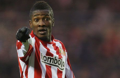 Asamoah Gyan points the way forward for Sunderland.
